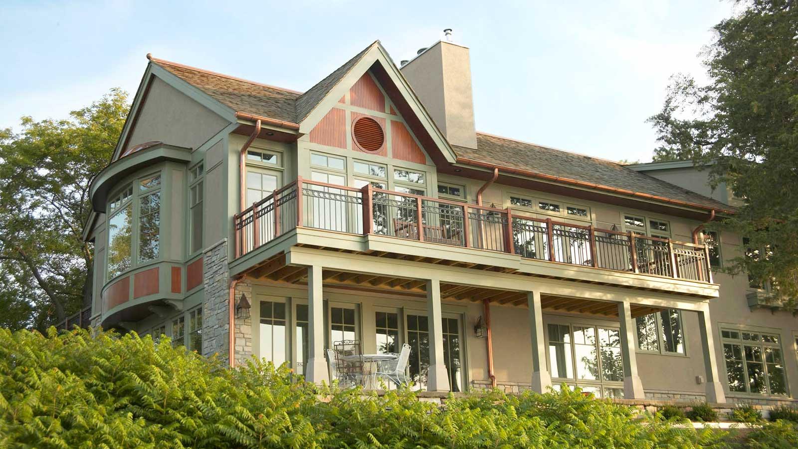 Minnetonka Exterior Home Painting by Graham Nunn Painting